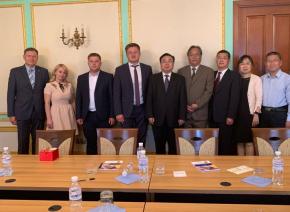 Держрезерв приймав офіційну делегацію державного резерву КНР